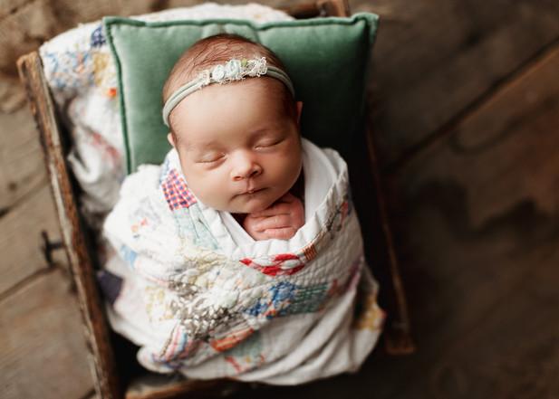london newborn photographer.jpg