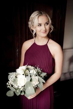 beautiful-bridesmaid-portrait.JPG