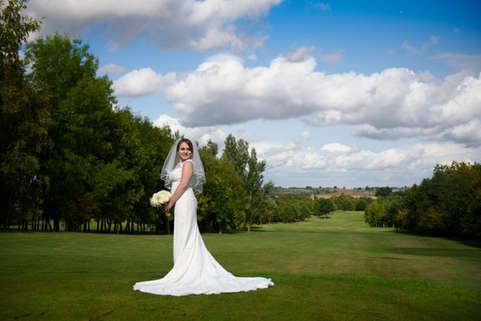posing-bride-golf-course.JPG