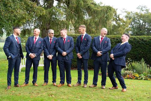 groomsmen-laughing-fun.JPG