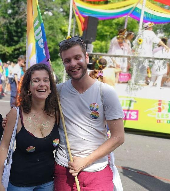 Une Pride 🏳️🌈 Une camaraderie ✊🏻 Des