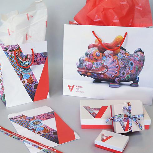 Retail bags for Asian Art Museum