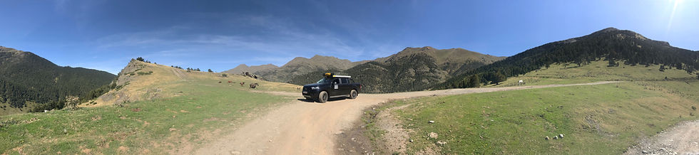 Ford-Ranger-Black Edition-Eezi-Awn-Daktent-Pyreneen