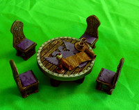Council / War Chamber table and chairs (D&D tabletop terrain)