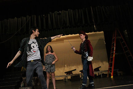 Darwin directing Alias: Hook