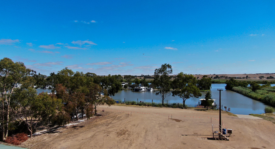 Great access to the water - Land for sale Riverglen Drive White Sands
