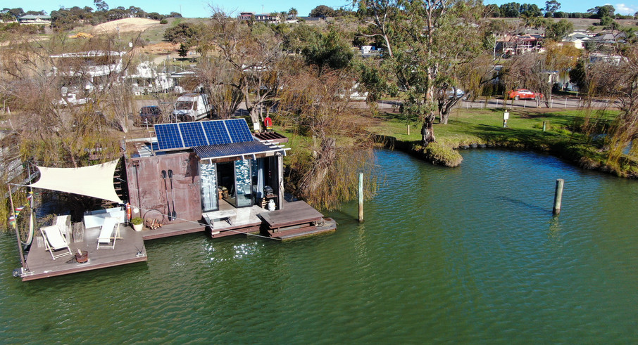Bill's Boathouse - Eco Tourism at its Finest!