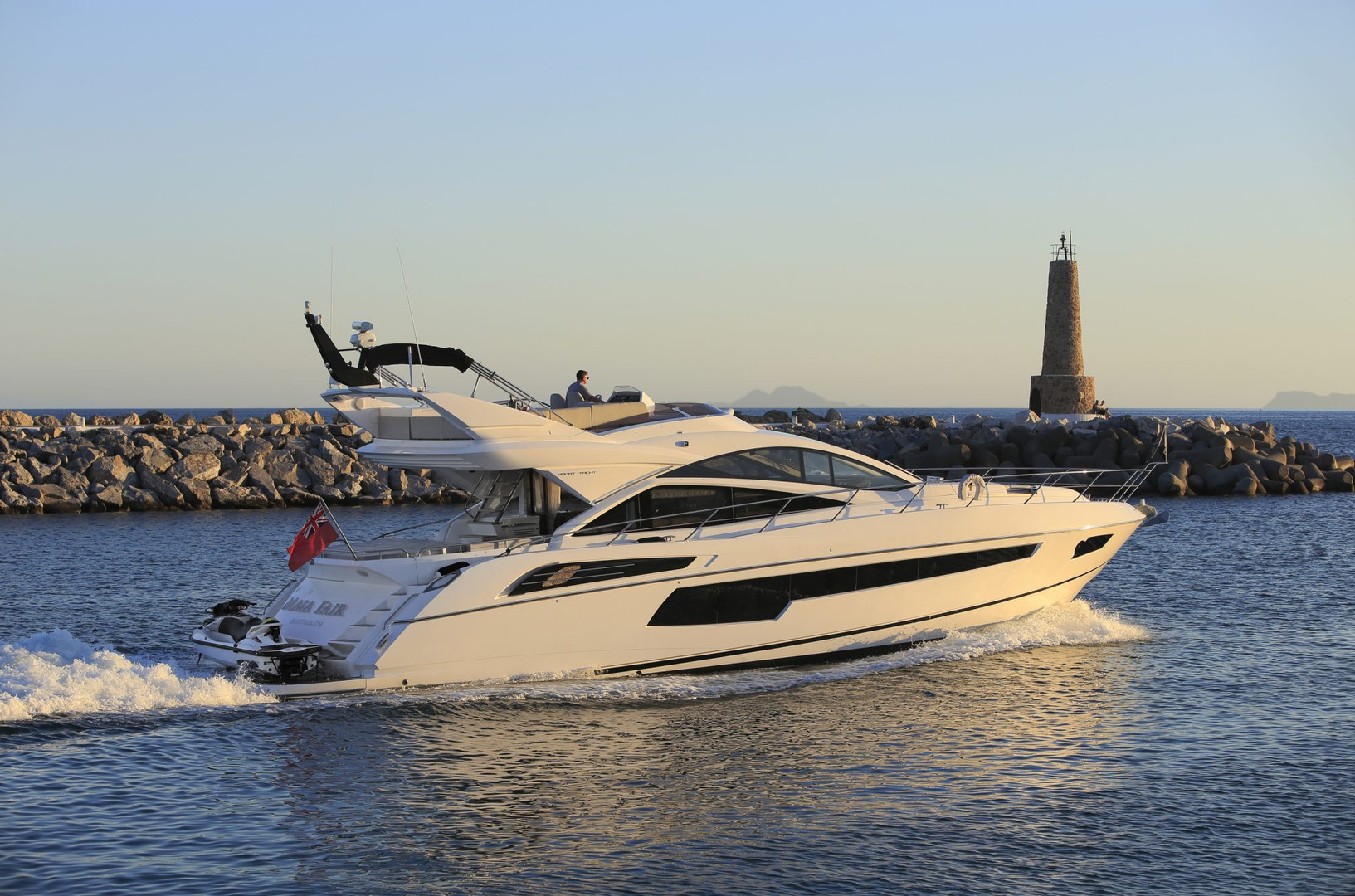 Yacht MAIA FAIR - Sunseeker 68 Sport Yacht for charter on the Costa del Sol