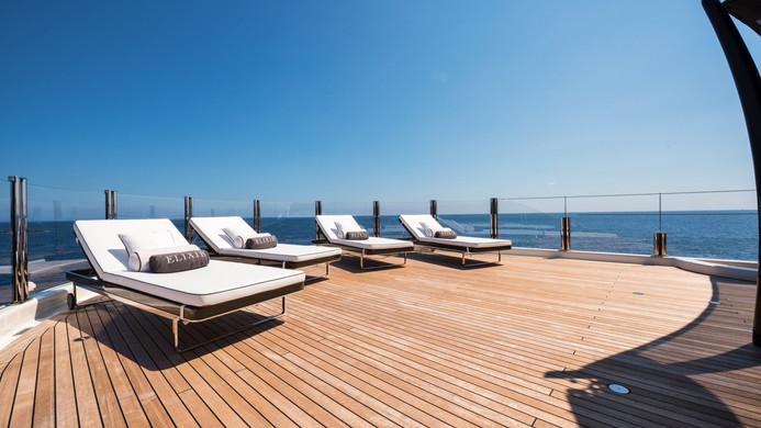 Yacht ELIXIR - Sundeck and deck chairs