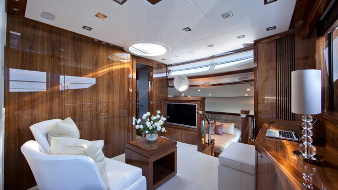 Yacht TUPPENCE - master cabin private study, perfect for those who continue to work whilst on charter...
