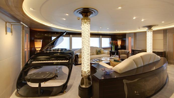 Yacht AMARYLLIS piano