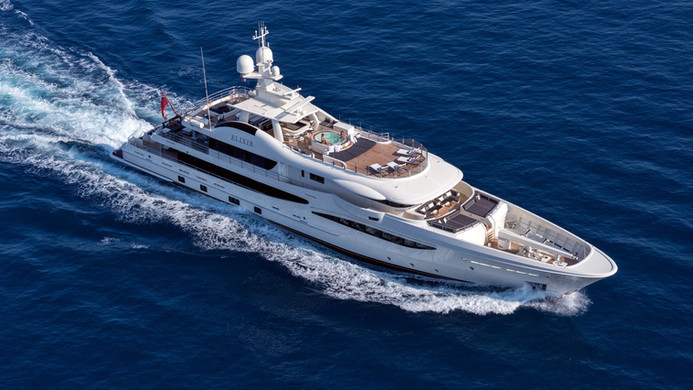 Yacht ELIXIR - underway cruising