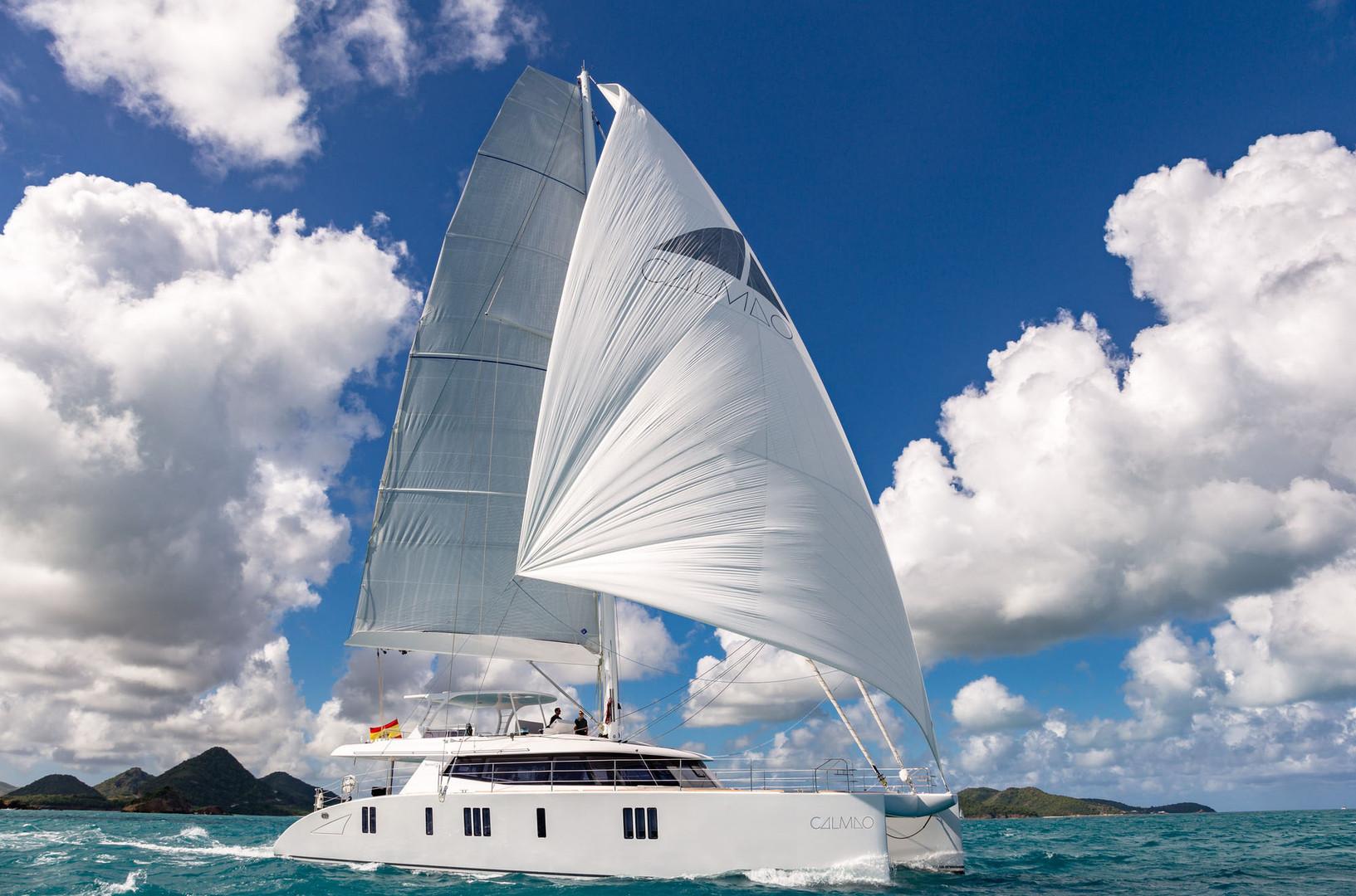 Yacht CALMAO Sunreef 74 - sailing on charter