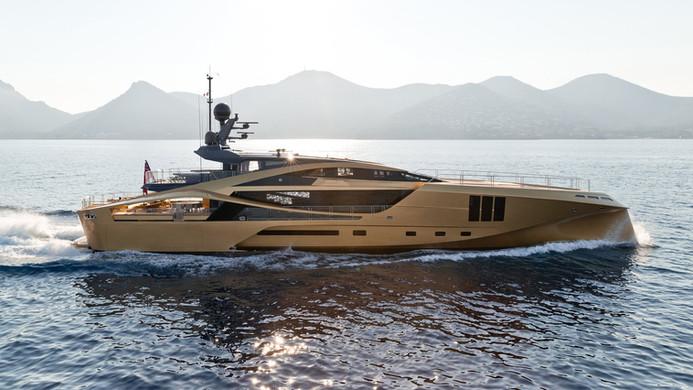 Yacht KHALILAH - cruising on the french Riviera
