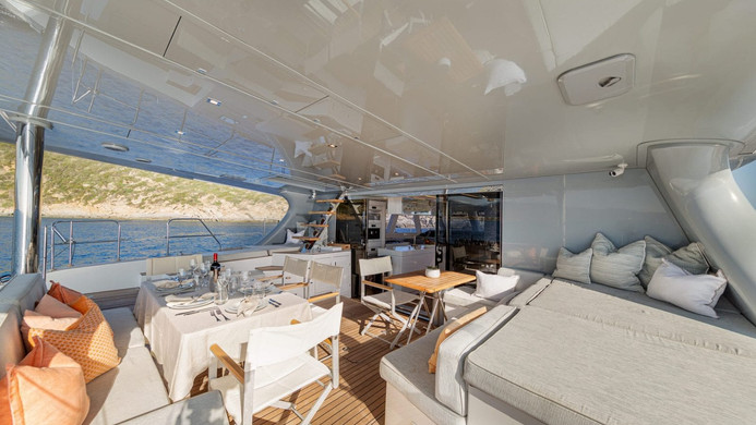 ADEA - aft deck, dining & lounging