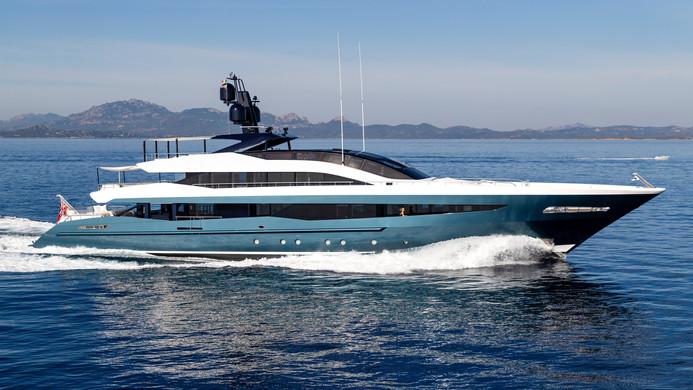 Yacht IRISHA - 51m Heesen charter yacht