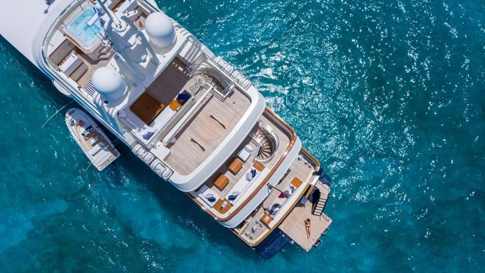 Yacht FABULOUS CHARACTER - on charter
