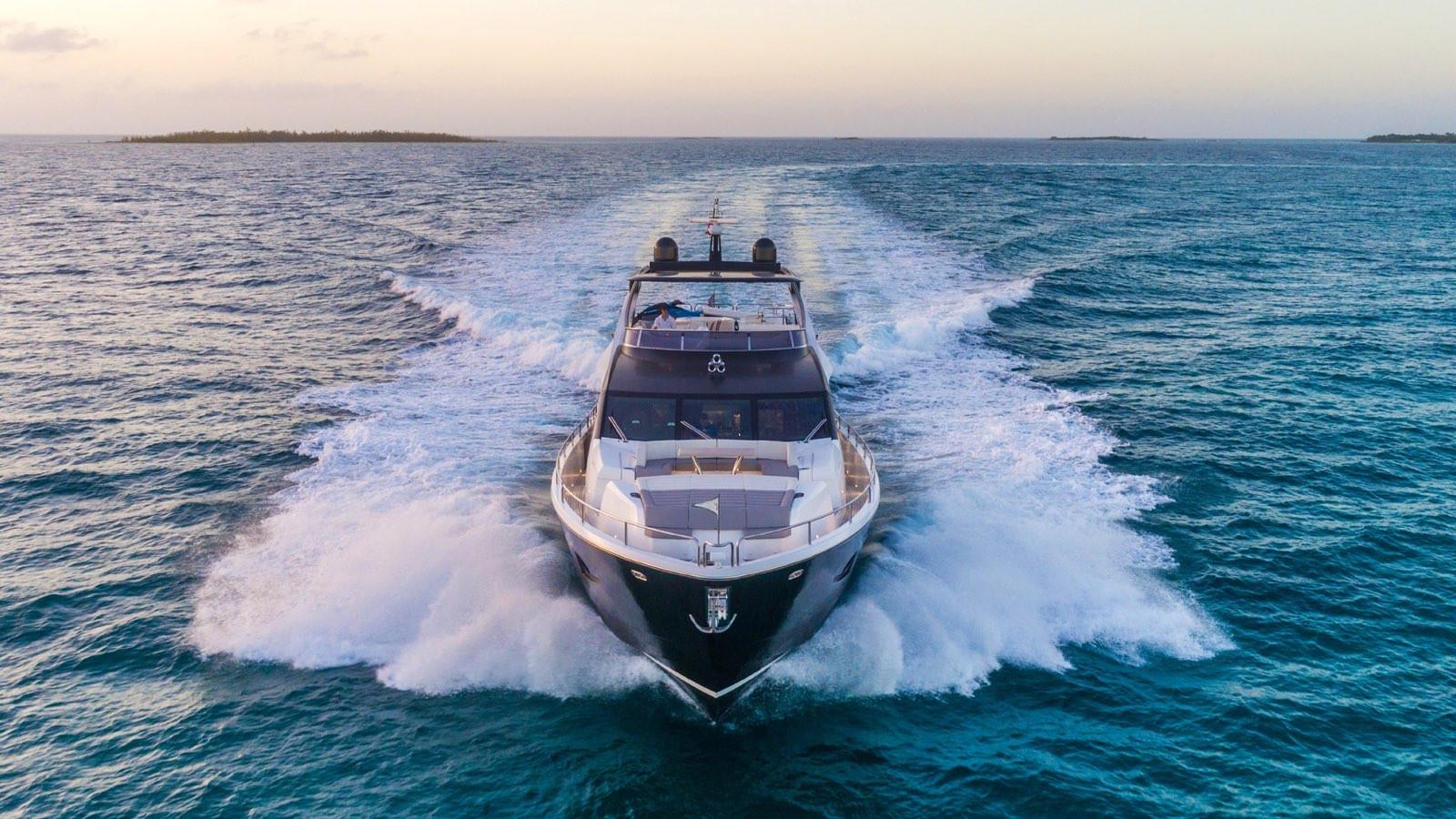 Yacht ENTERPRISE - Underway