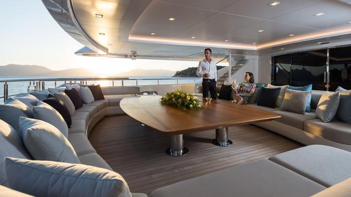 Mega Yacht O'PTASIA - highly social layout