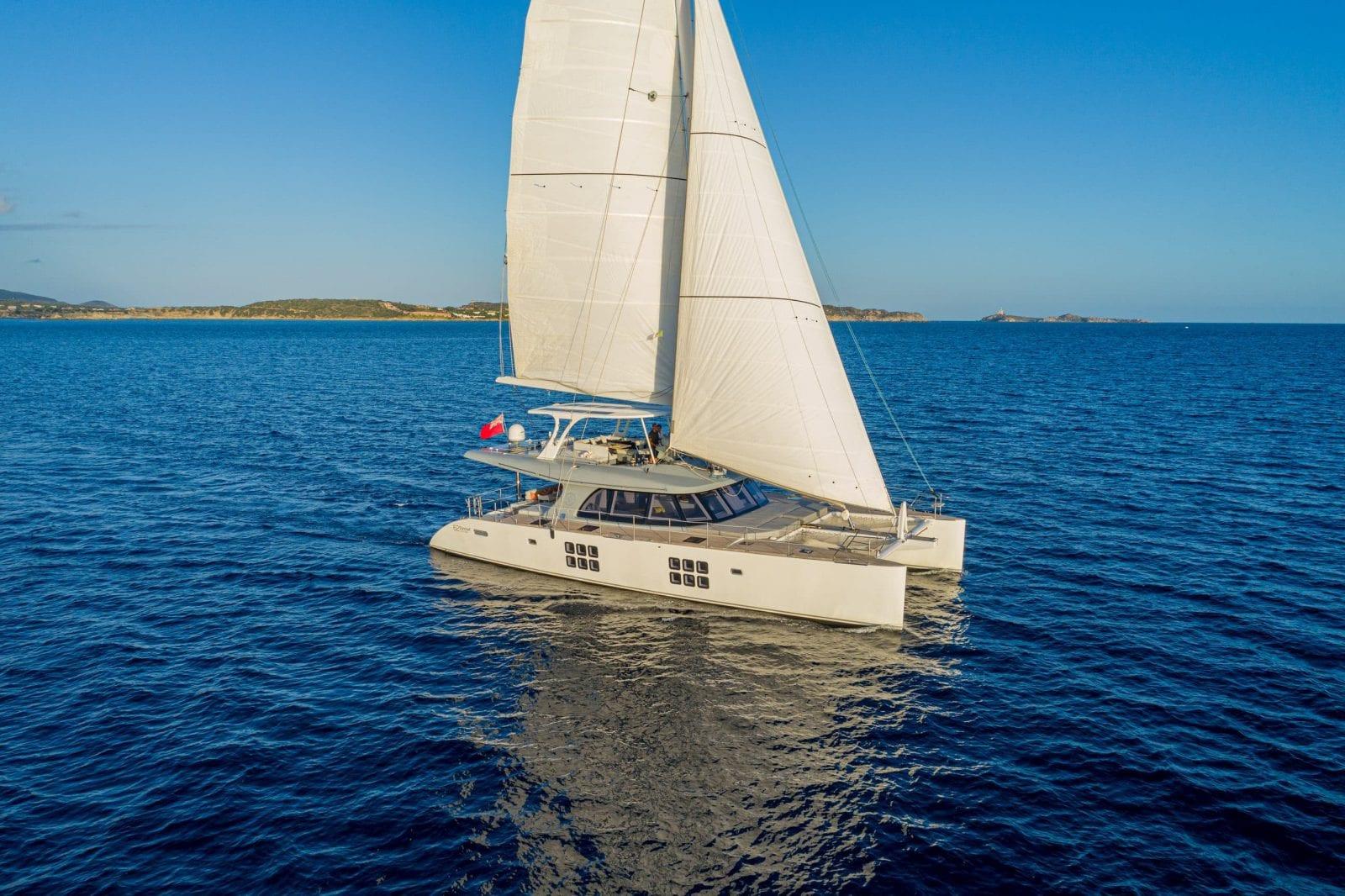 ADEA - Sunreef 62 under sail