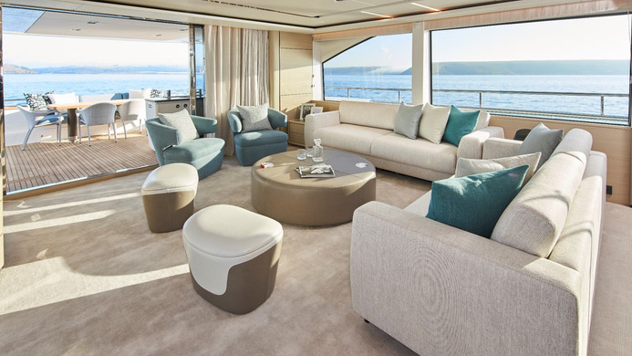 Yacht HALLELUJAH - wide and open saloon, perfect for entertaining guests whilst on charter, or for events in port