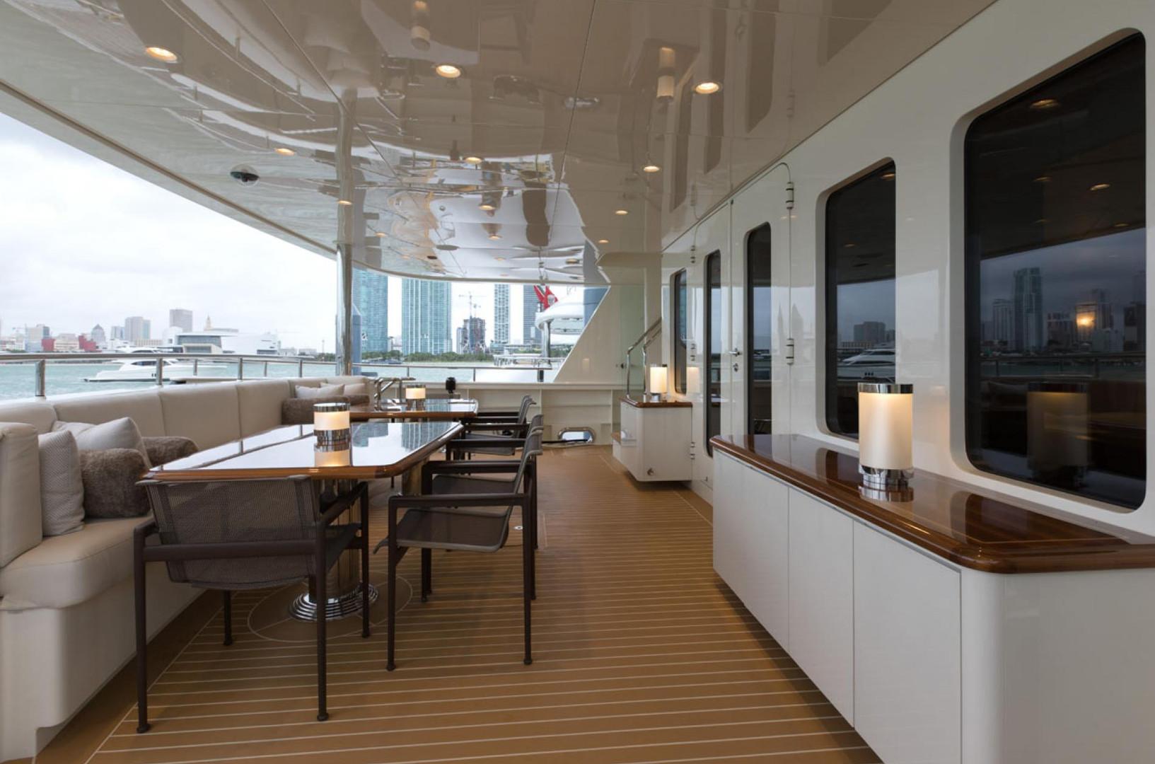 Yacht SAFIRA - aft deck