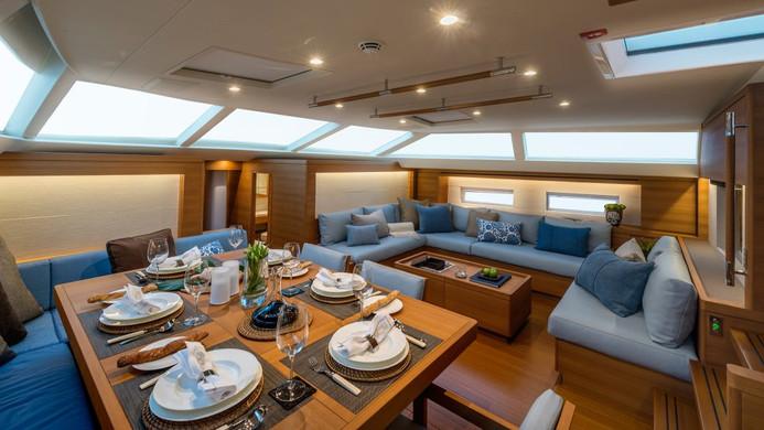 Sailing Yacht FARFALLA - deck saloon dinning