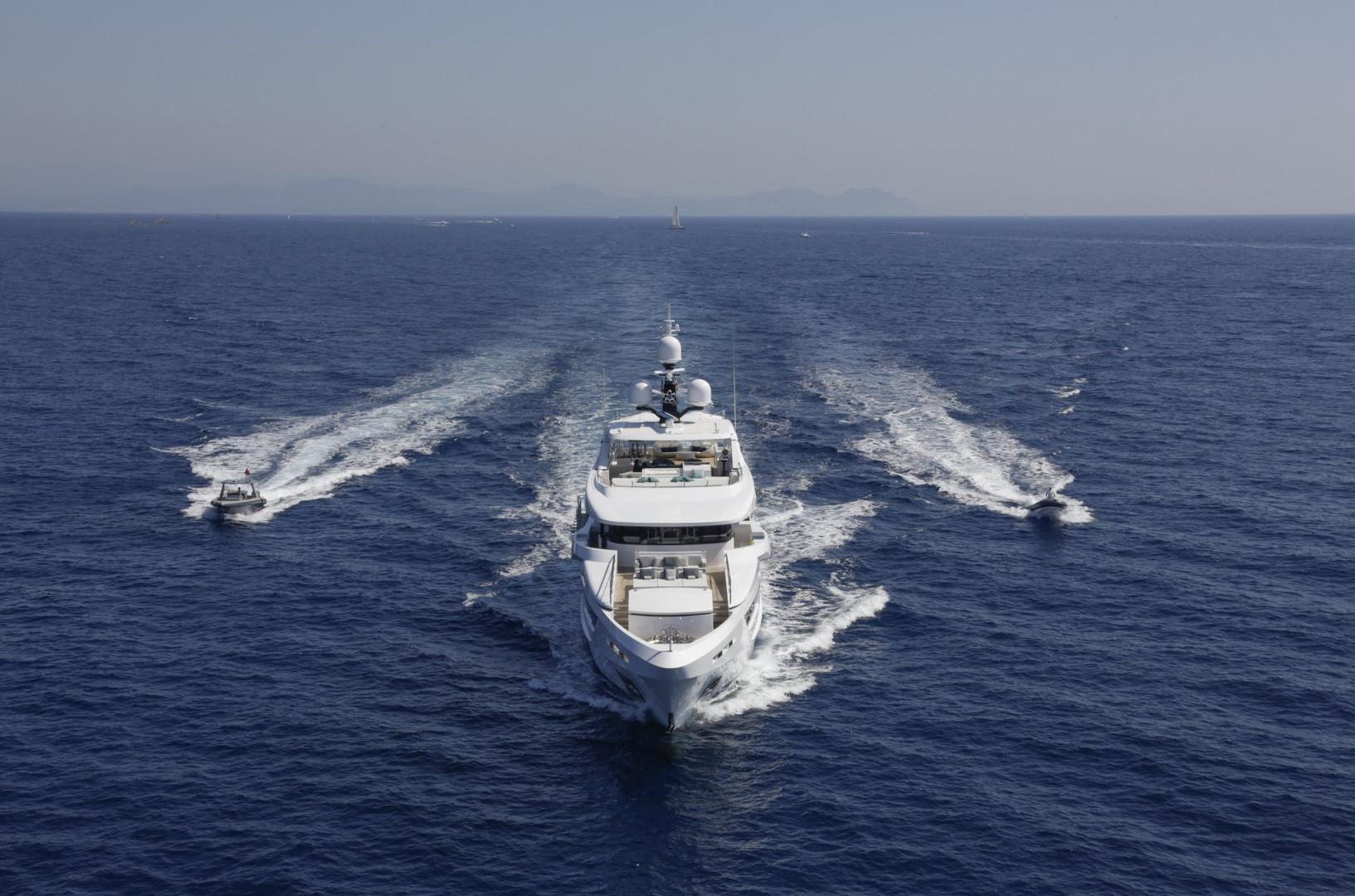 Yacht ENTOURAGE - with the full entourage flotilla!