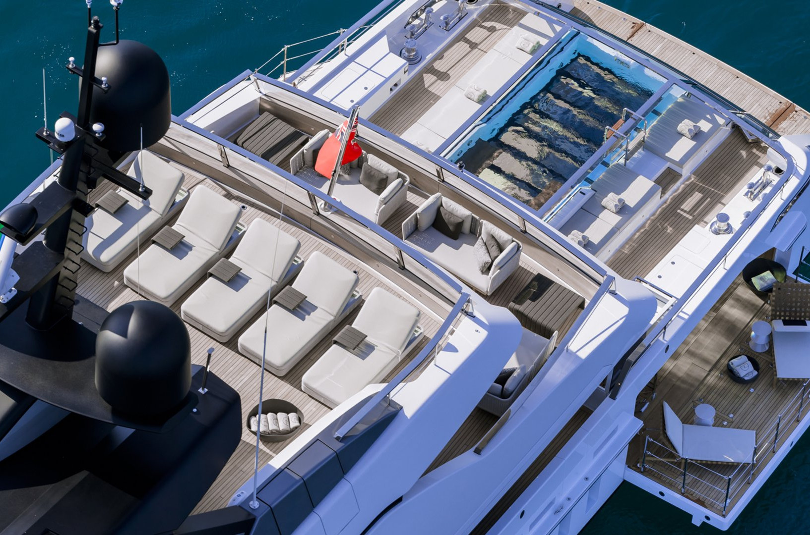 Yacht SEVEN SINS - swimming pool and sun deck, ideal layout for charter