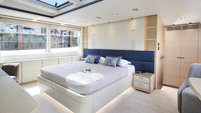 Yacht HALLELUJAH - master cabin