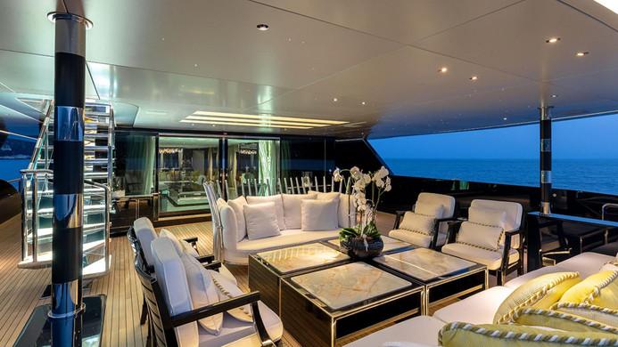 Yacht SARASTAR - aft deck