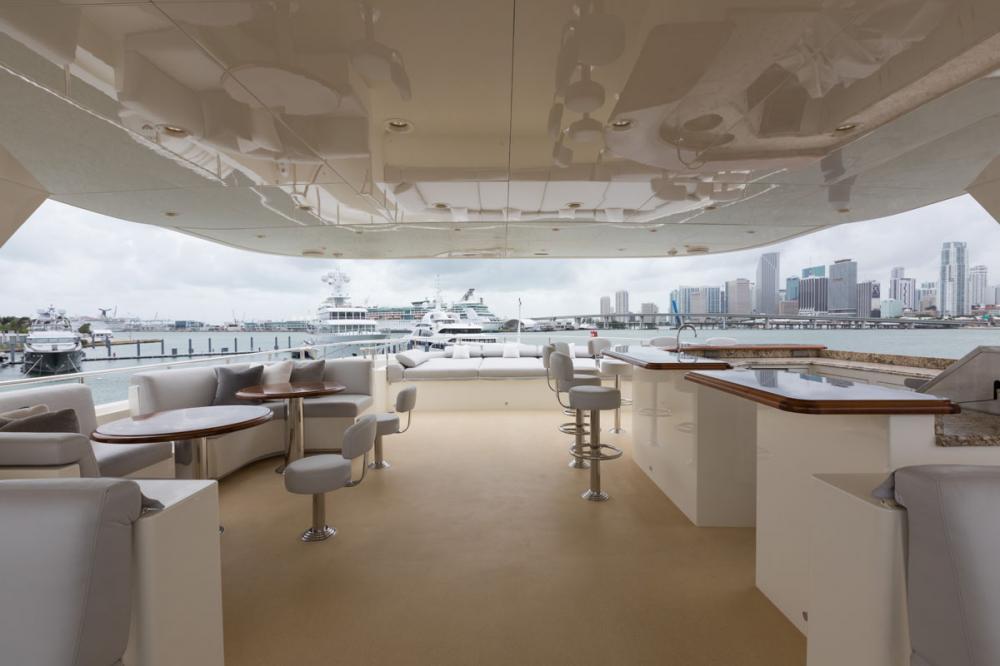 Yacht SAFIRA - sun deck, perfect layout for charter