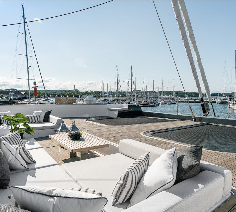 Yacht ABOVE Sunreef 80 - foredeck seating...open deck space that you would normally only find on a mega yacht charter!