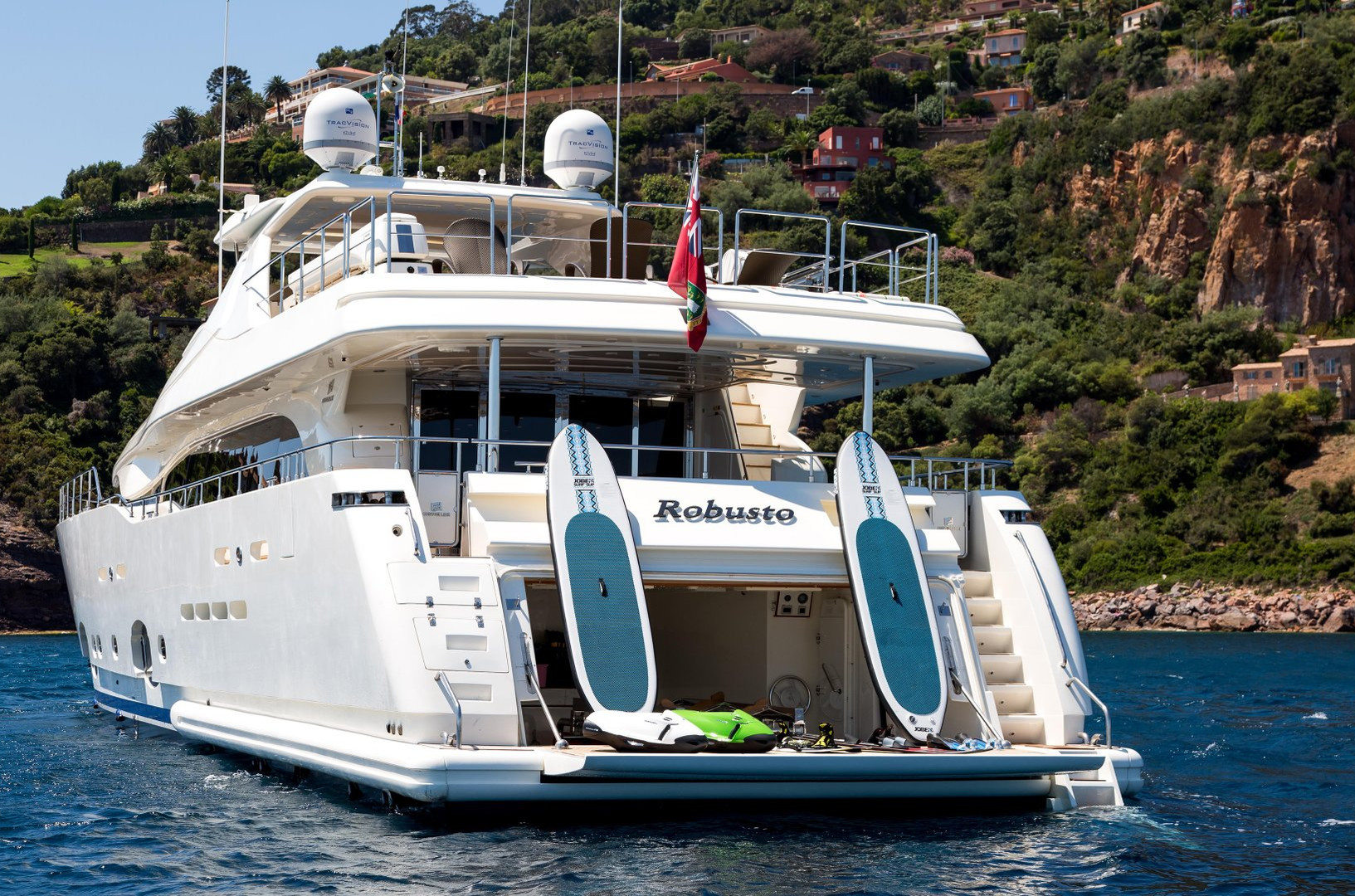 Yacht ROBUSTO - water toys for charter