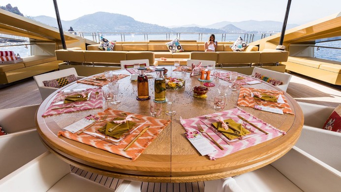 Yacht KHALILAH - Al fresco dining whilst on charter, undercover
