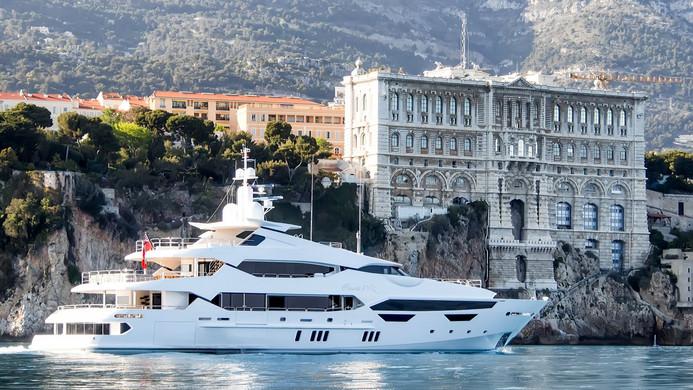 Yacht PRINCESS AVK - cruising into Monaco