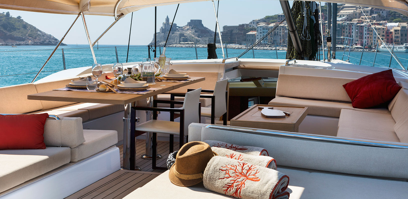 Sailing Yacht CROSSBOW - dining on deck