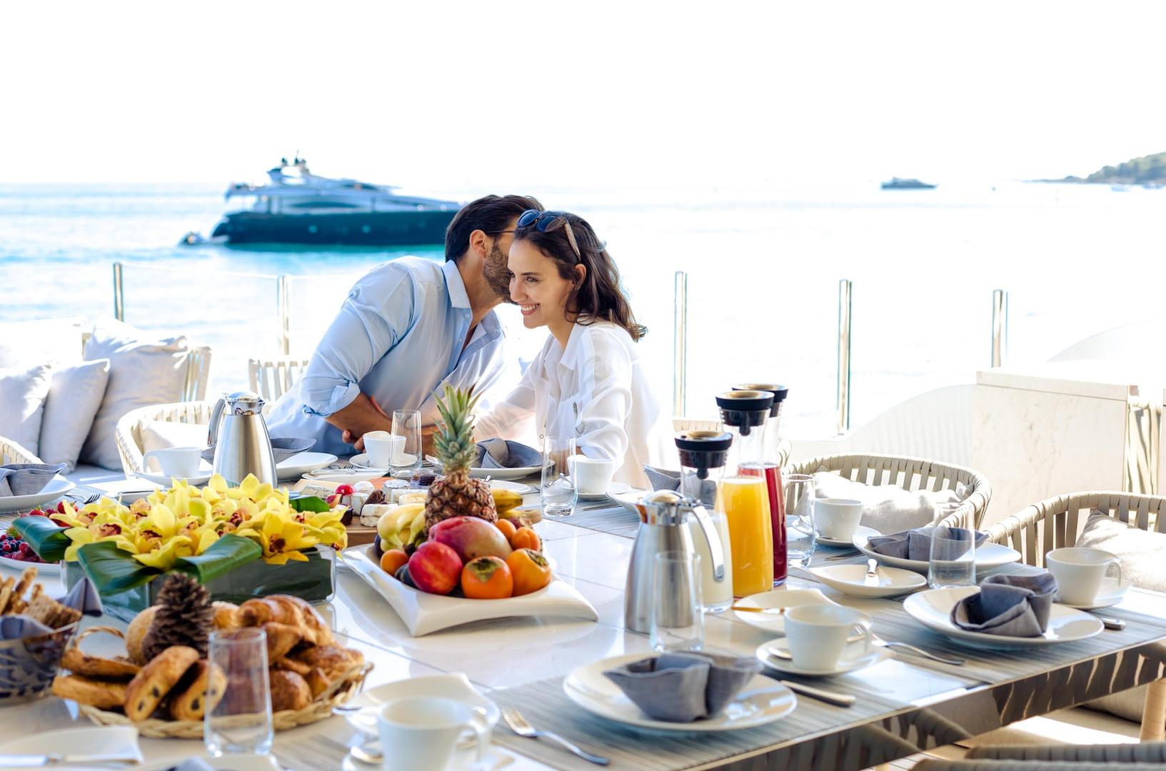 Al fresco breakfast on a mega yacht charter