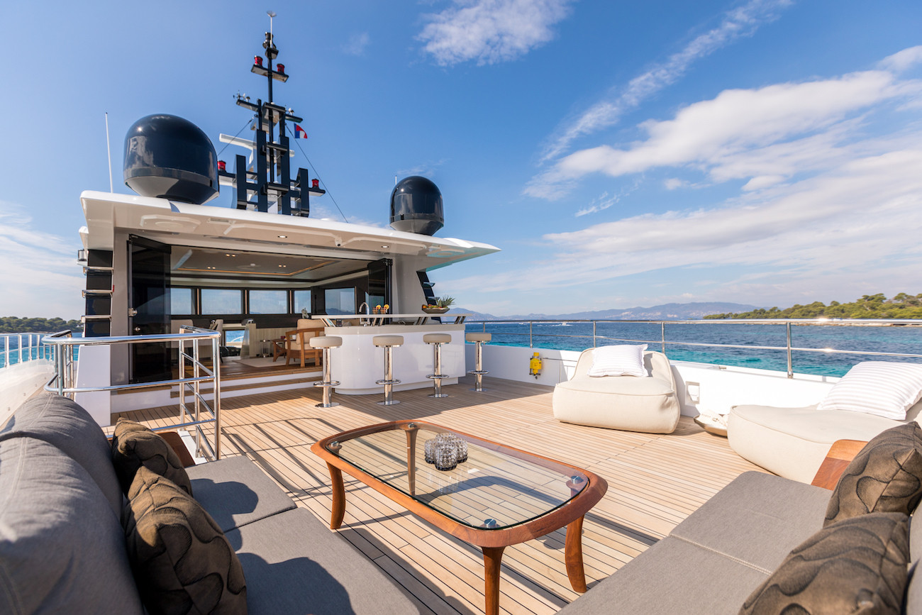 Yacht MIA - sun deck