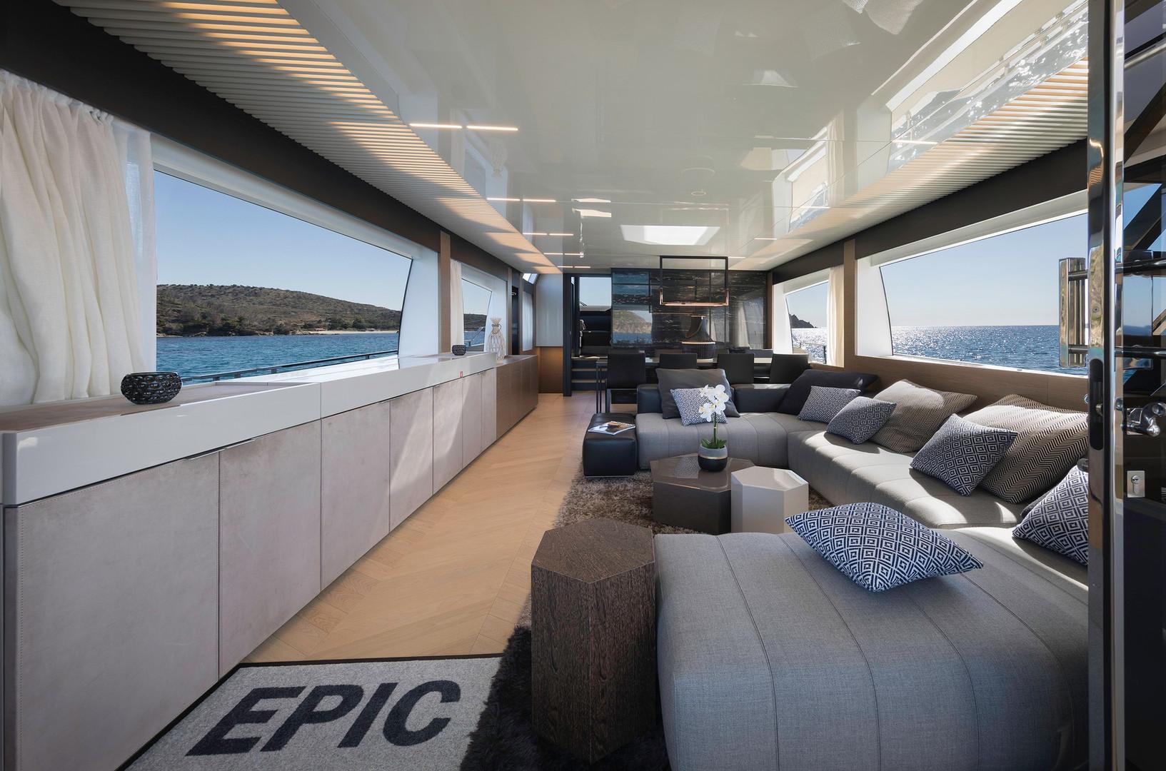 Yacht EPIC - saloon looking forward