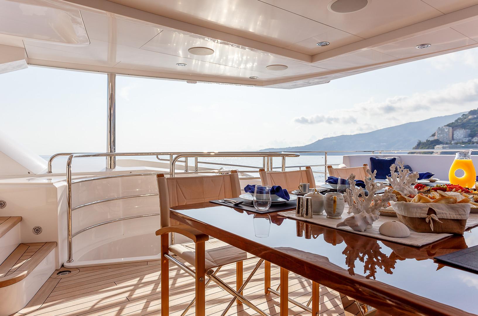 Yacht LADY M - bridge deck aft
