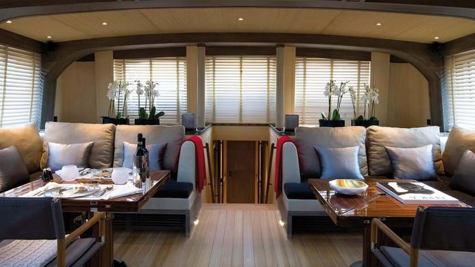 Sailing Yacht ROXANE - saloon