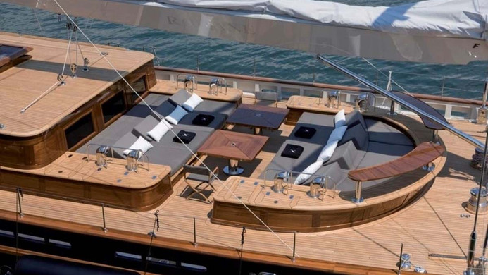 Sailing Yacht ROXANE - designed with charter in mind