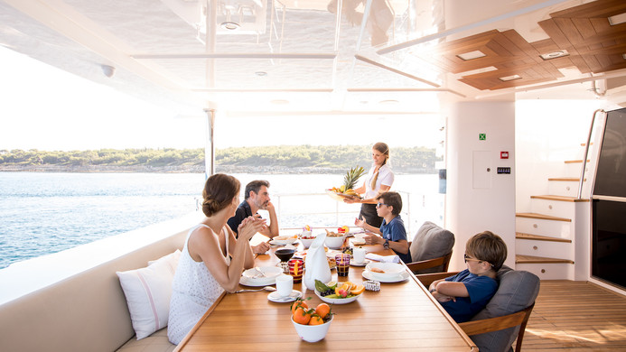 Yacht MIA - casual aft deck dining