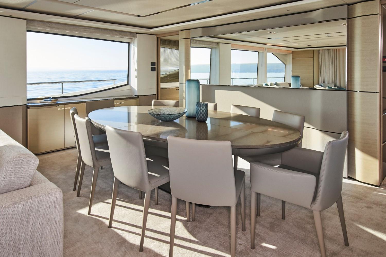 Yacht HALLELUJAH - interior dining