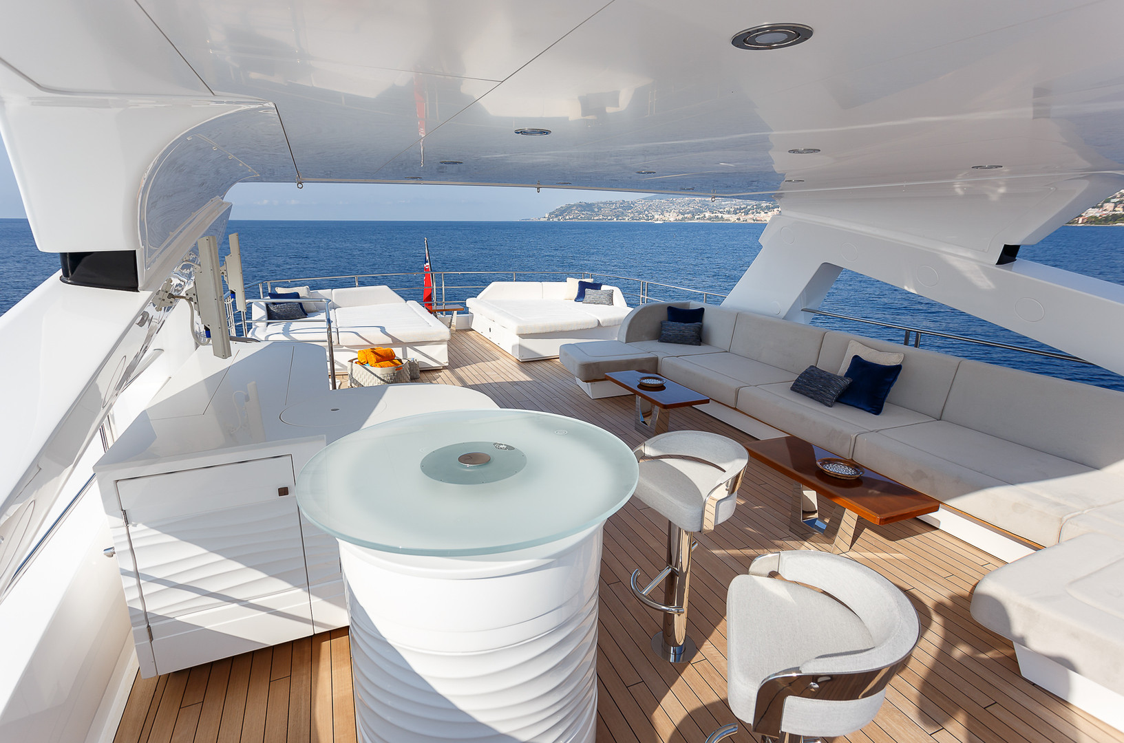 Yacht LADY M - sun deck, the focal point for charter guests!