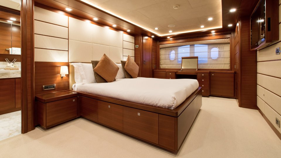 Yacht ROBUSTO - Master cabin