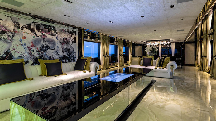 Yacht SARASTAR - saloon
