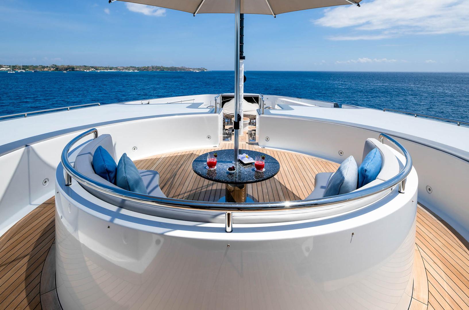 Yacht ATLAS - foredeck
