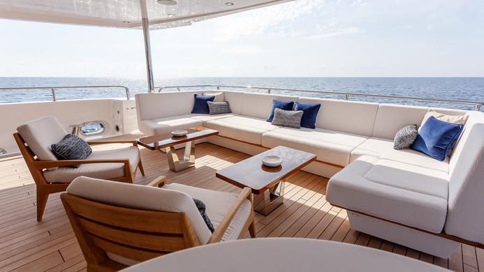 Yacht LADY M - aft deck